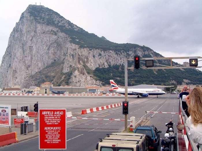 Shangrala's Amazing Gibraltar Airport