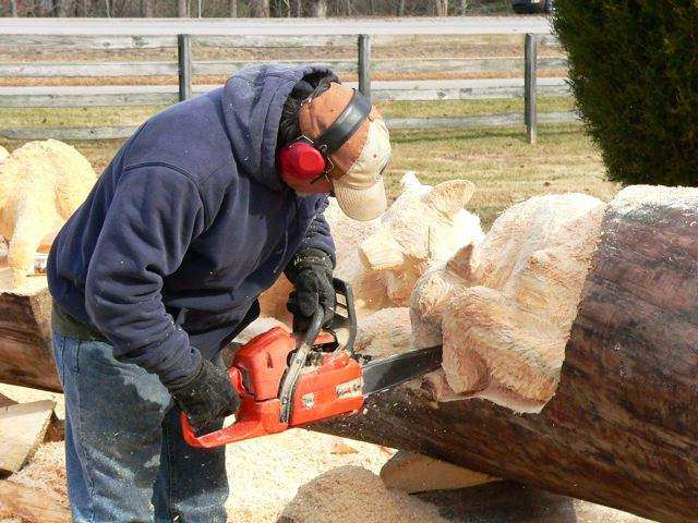 Shangrala's Chainsaw Wood Carving Art