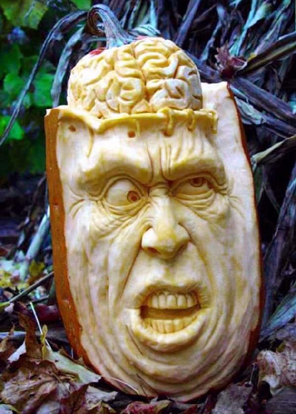 Shangrala's Extreme Pumpkin Art