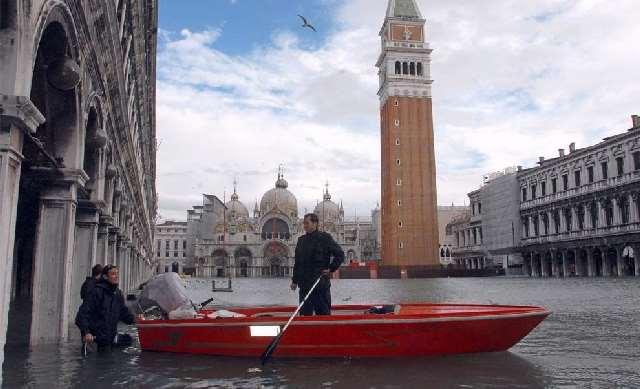 Shangrala's Venice Winter Flood