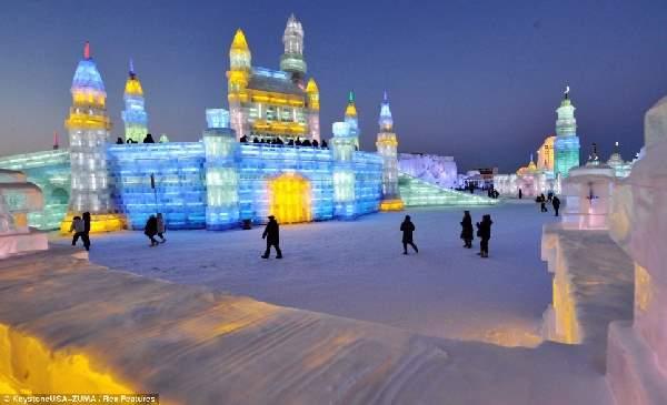 Shangrala's Ice Sculpture Art 3