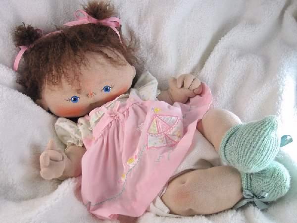 Shangrala's Porcelain Doll Art