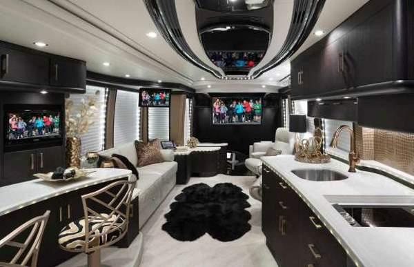 Shangrala's Liberty 2017 Elegant Lady RV