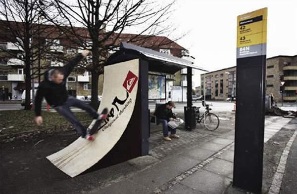 Amazing Bus Stops 2