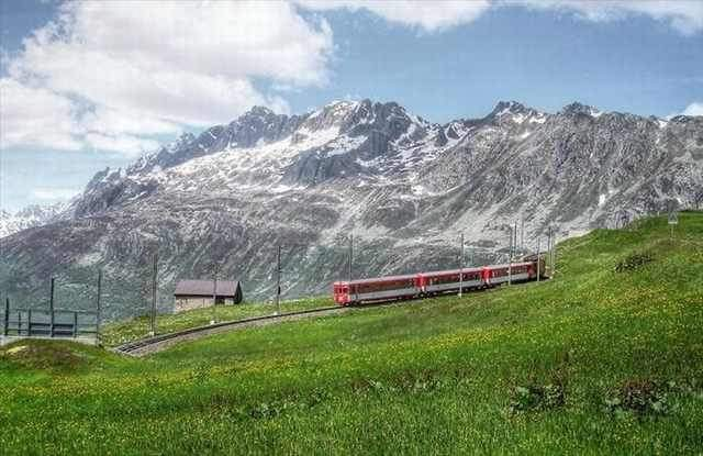 Shangrala's Beautiful Train Rides