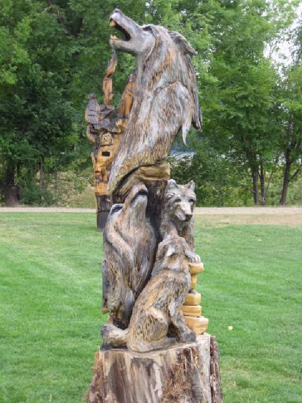 Shangralafamilyfun shangrala s chainsaw wood carving